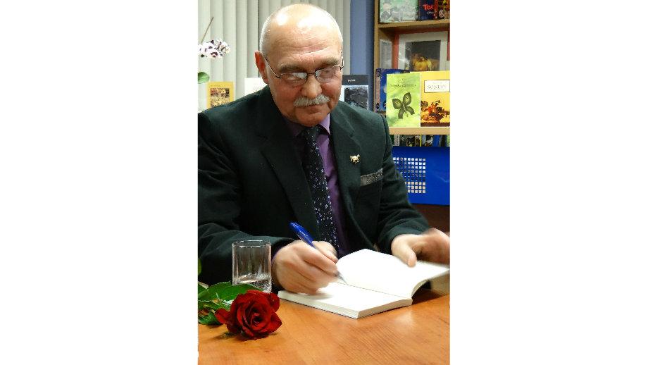 """""""Plan niemożliwego wiersza"""" – spotkanie z Janem Tulikiem i promocja tomu """"Opisze to noc"""" w KBP"""