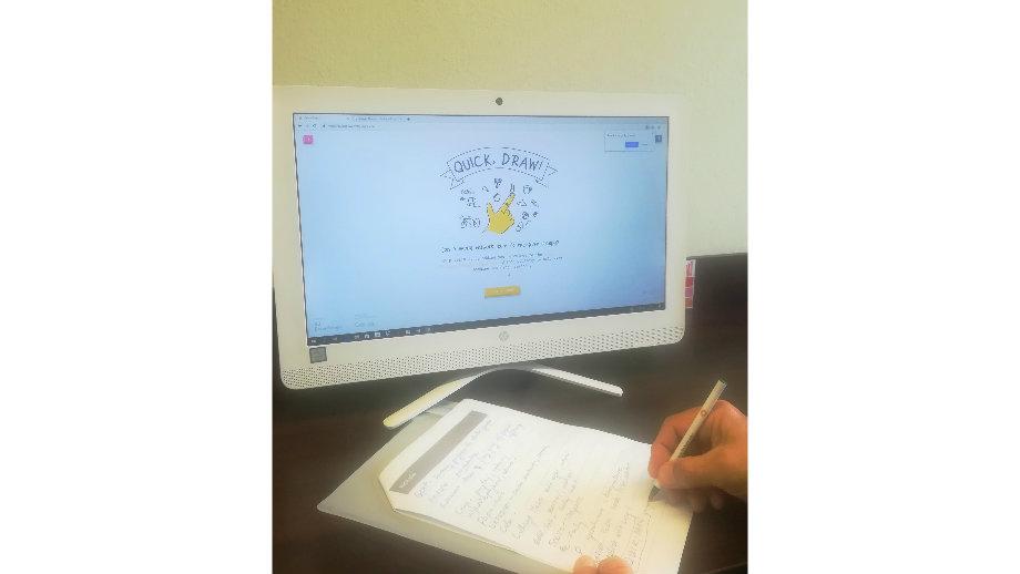 Narzędzia do tworzenia grafik, język obcy online i sprawne pisanie – warsztaty internetowo-komputerowe w Filii nr 6